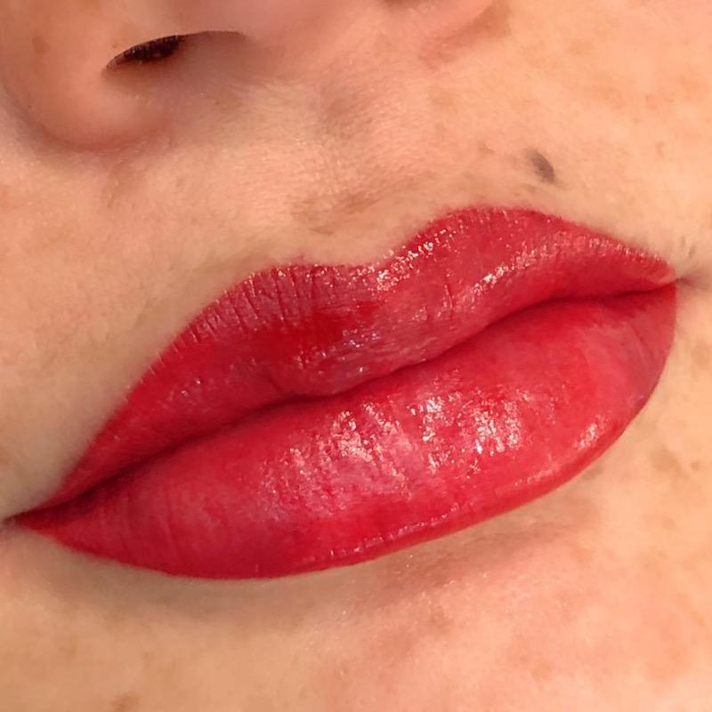 Lip Treatment Permanent Lipstick Effect
